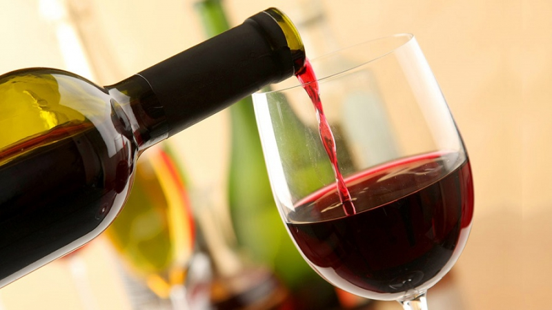 Argentina sản xuất rượu vang từ cam